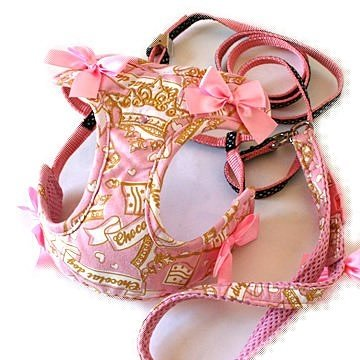Pet Paradise 日本進口 Chocolat DOG 粉紅色旗幟圖案網狀鞍帶胸背(附牽繩)SS 貓犬用 透氣素材